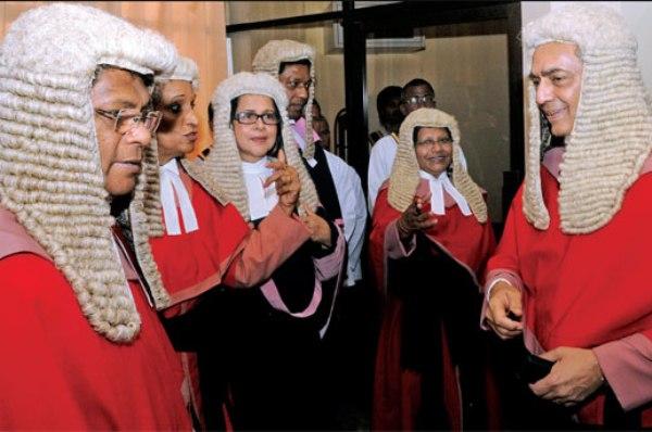 Supreme-Court-bench