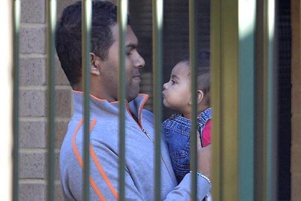 australia-refugee (1)