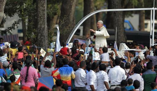 pope-madhu (5)