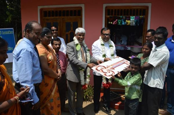 batti-india-donate-homes (1)