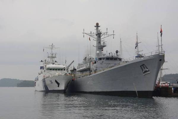 indian-navy-ships (1)