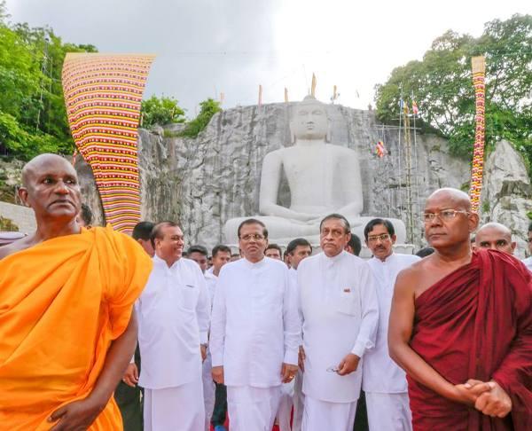Buddha statue  (2)