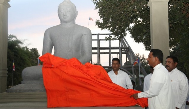 kilinochchi- buddha-statue (1)