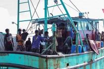 indonesia-tamils-boat (5)