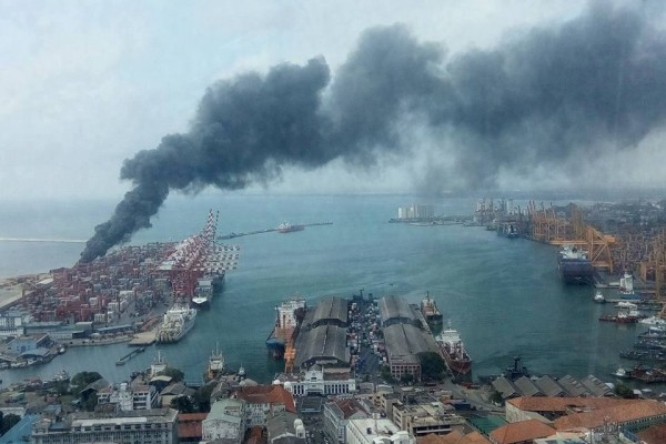 colombo-harbour fire