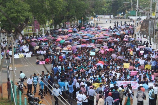 jaffna-students-protest-12