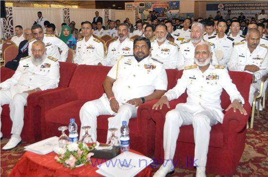 Vice Admiral Ravindra Wijegunaratn visit Pakistan (1)