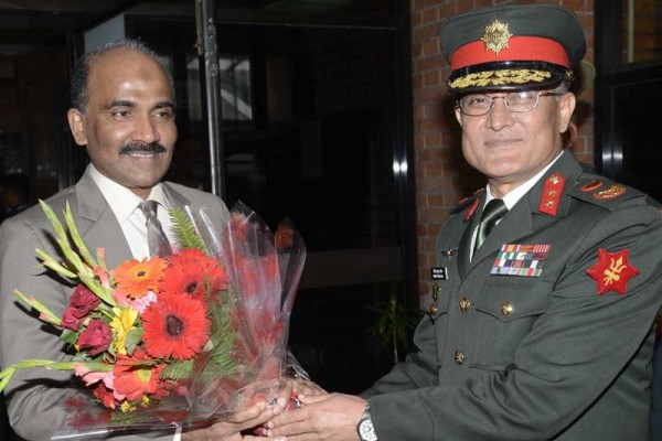 Sri-Lanka-army commander in nepal