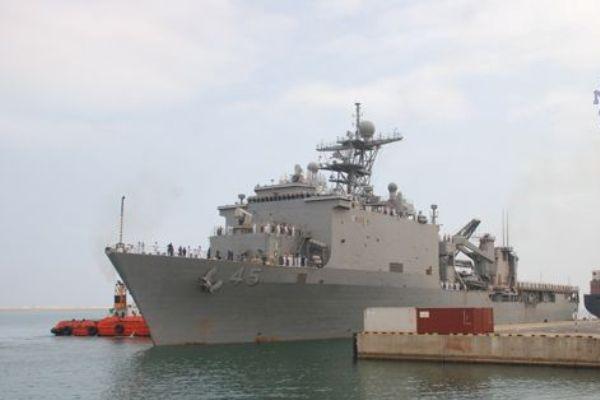 USS Comstock (2)