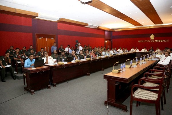 defence meeting (3)