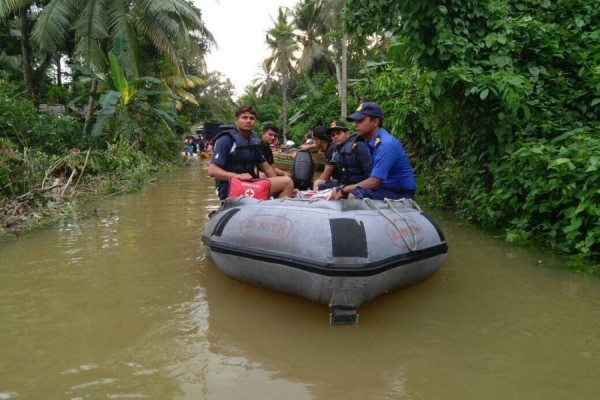 indian navy rescue teams in kalutara (1)