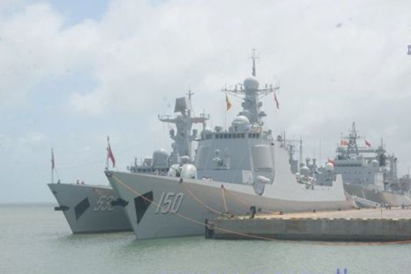 chinese-navy-aid (1)