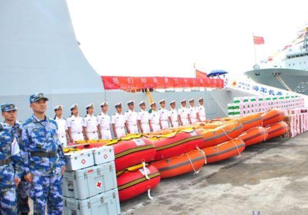 chinese-navy-aid (3)