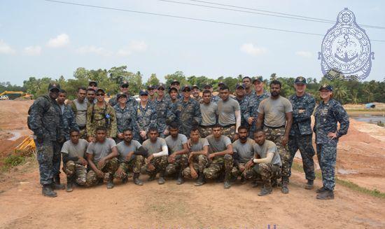 us-navy-aid (3)