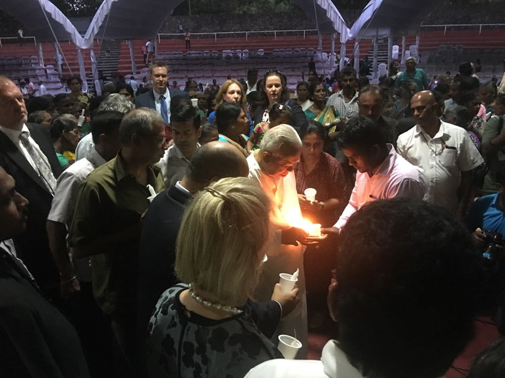 Candle light vigil in Colombo for missing Tamils (1)