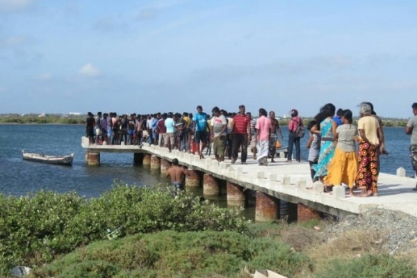 jaffna-boat-accident (1)
