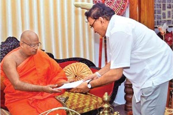Anunayake of Asgiriya Anamaduwe Sri Dhammadassi thera -lakshman