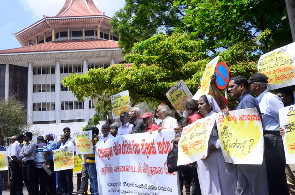 protest-colombo (1)