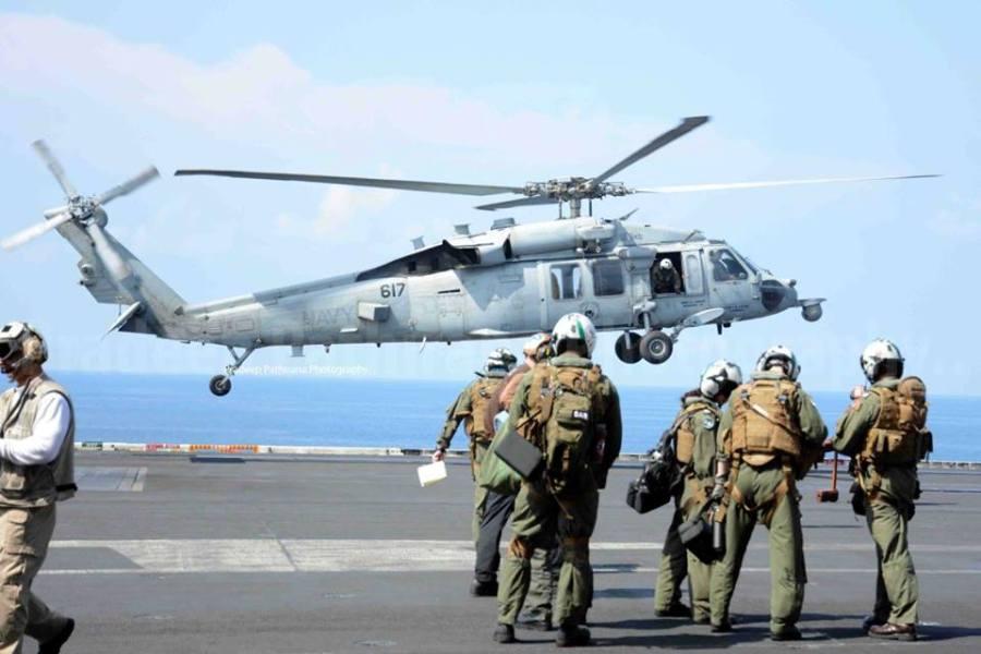 uss-nimitz-landing (4)