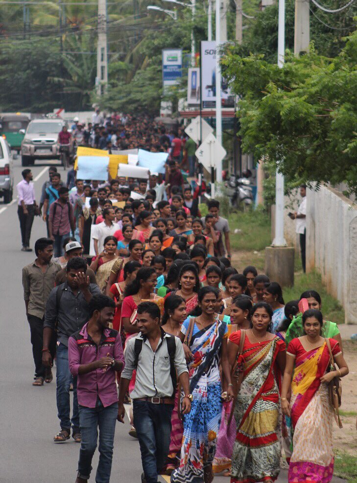 jaffna-students-demo (4)