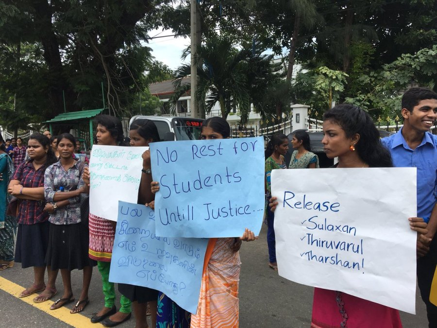 jaffna-students-demo (7)