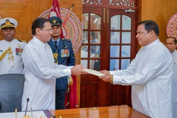 piyasena gamage-sworn state minister