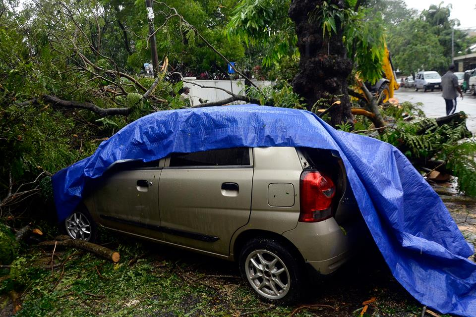 srilanka-cyclone -OCKHI (8)