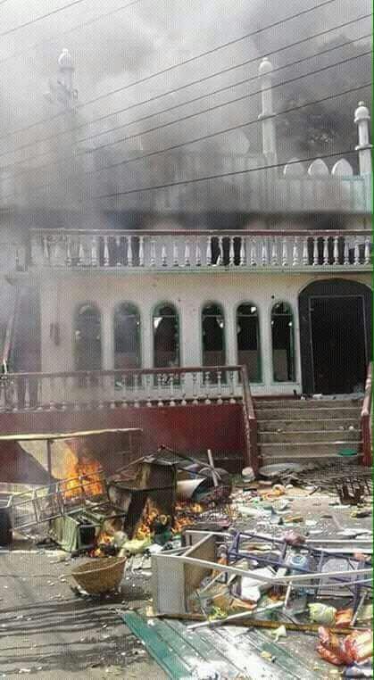 mosque-fire (2)